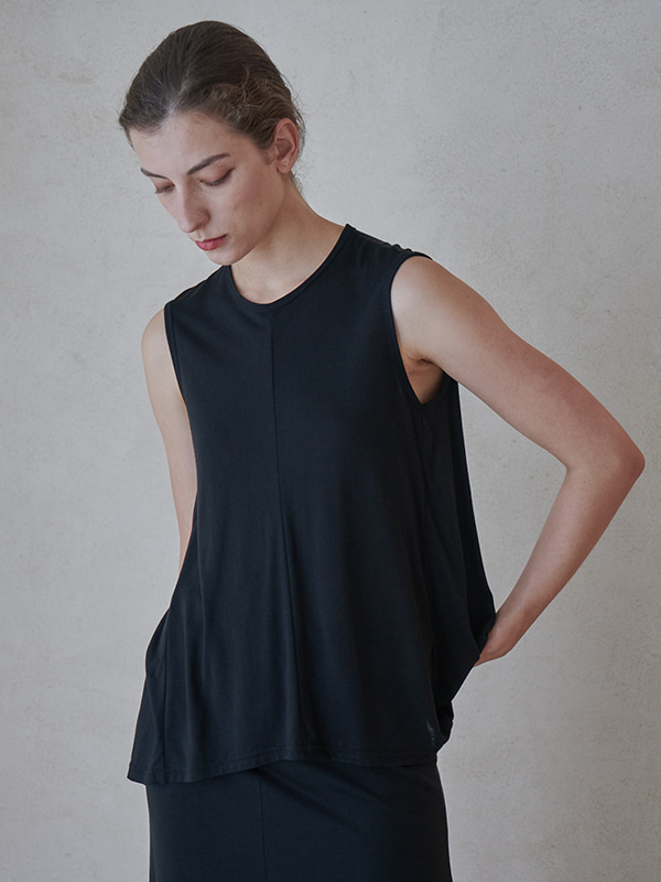 TENCEL FLARE TOP_BLACK