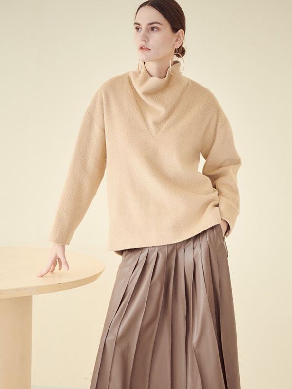 LOOSE HIGH COLLAR WOOL TOP_BEIGE